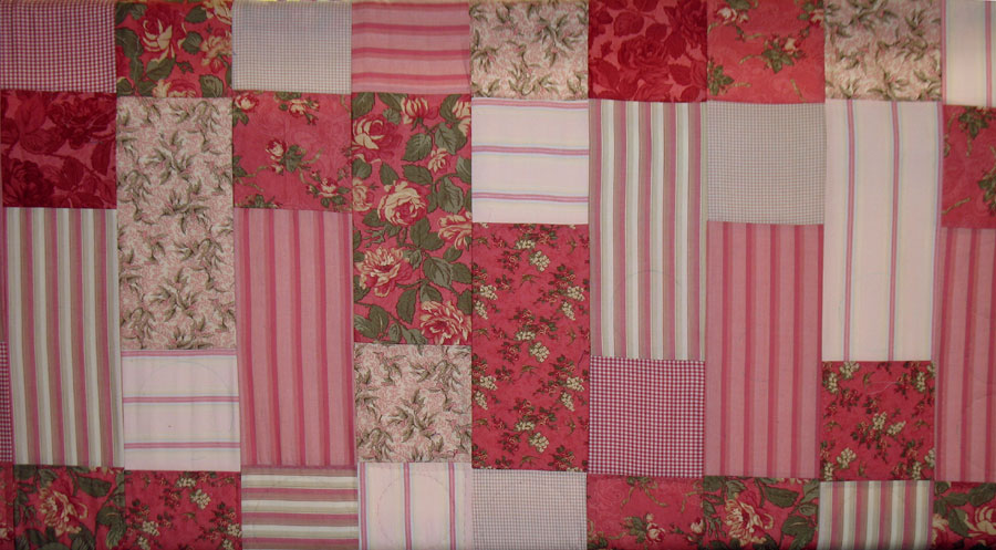 Handquilted Rosey Dreams Quilt